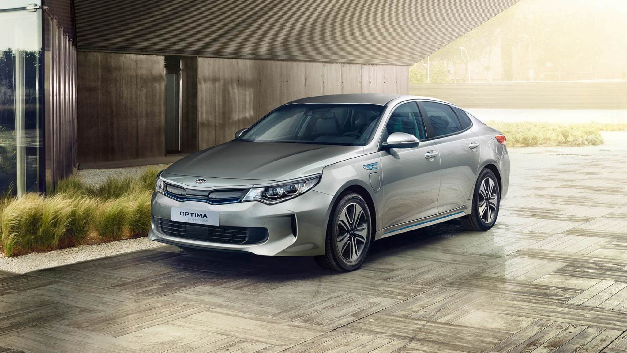 OPTIMA PHEV DISAIN